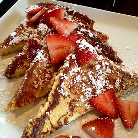 Creme Brulee French Toast - MAX's Wine Dive Dallas - McKinney Ave., Dallas, TX