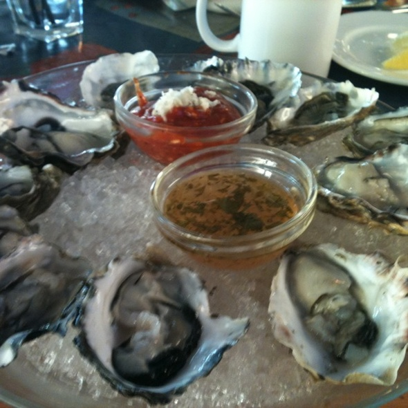 Oysters - Boathouse White Rock, White Rock, BC