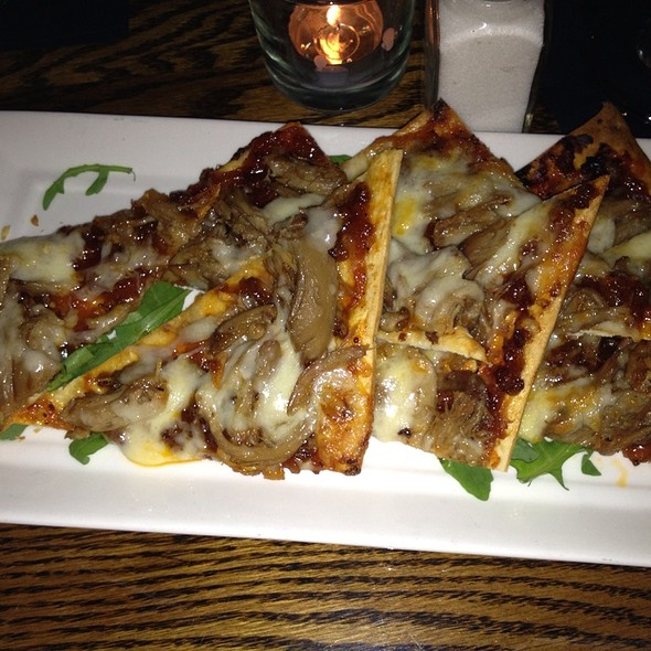 Bbq Duck Flatbread - WINE DIVE, West Palm Beach, FL