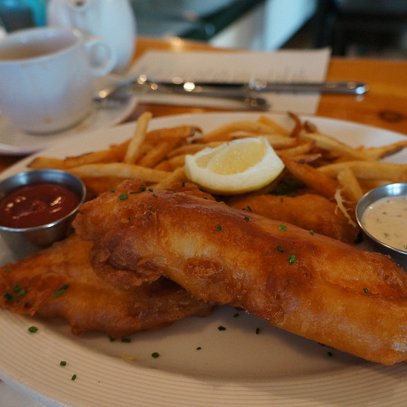 Fish 'n Chips - Alice's Restaurant, Lake Hopatcong, NJ