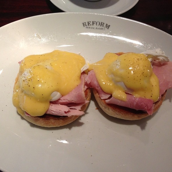 Eggs Benedict - Reform Social & Grill, London