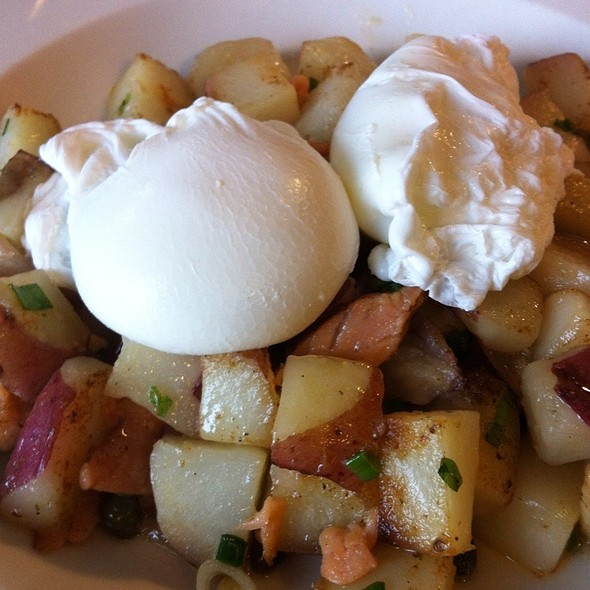 Alderwood Smoked Salmon Hash - Cha:n Seattle, Seattle, WA