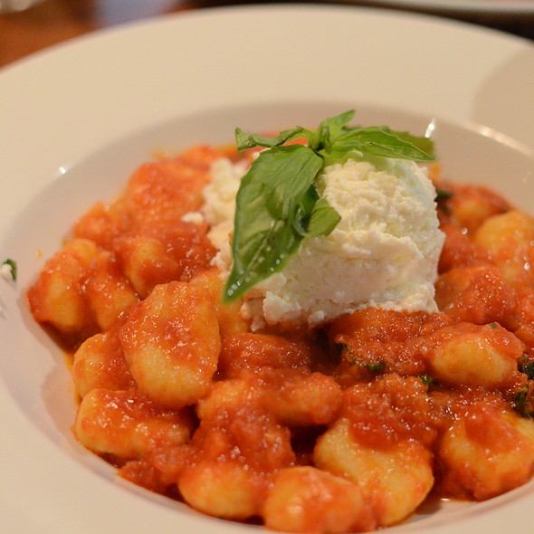 Gnocchi - Terroni  YONGE (at Price St.), Toronto, ON