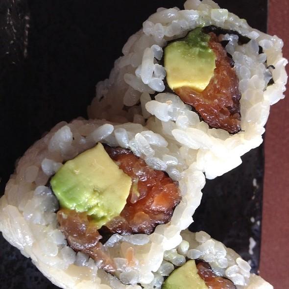 Salmon Avocado Maki - Sushi Ran, Sausalito, CA