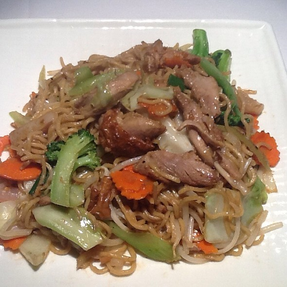Turkey Chow Mein - Little Thai Fine Dining, Camarillo, CA