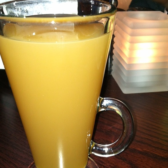 Spiced Apple Cider - Tony & Joe's Seafood Place, Washington, DC