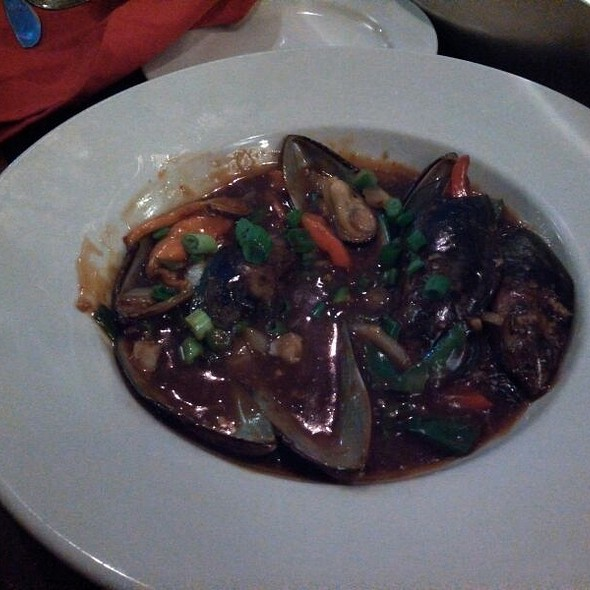 Szechuan Mussels - Basil Asian Bistro, Canton, OH