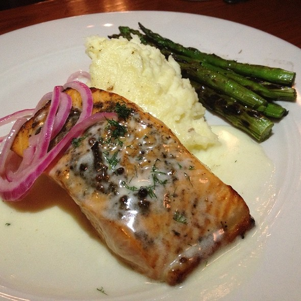 Grilled Salmon - Kincaid's - Honolulu, Honolulu, HI