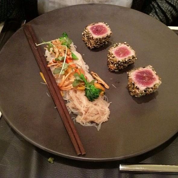 Sushi - Birks Café par Europea, Montr�al