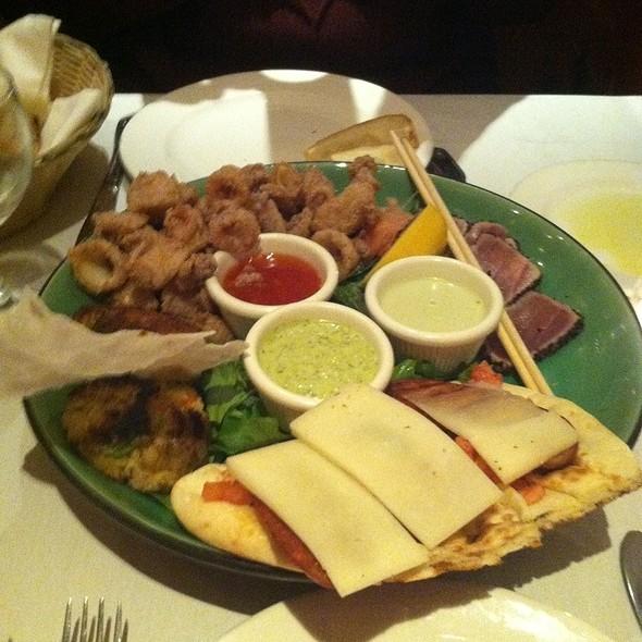 Tapas:  Calamari, Tuna Carpaccio, Crab Cakes, Chorizo & Manchego - Jack's Restaurant & Bar - NYC, New York, NY