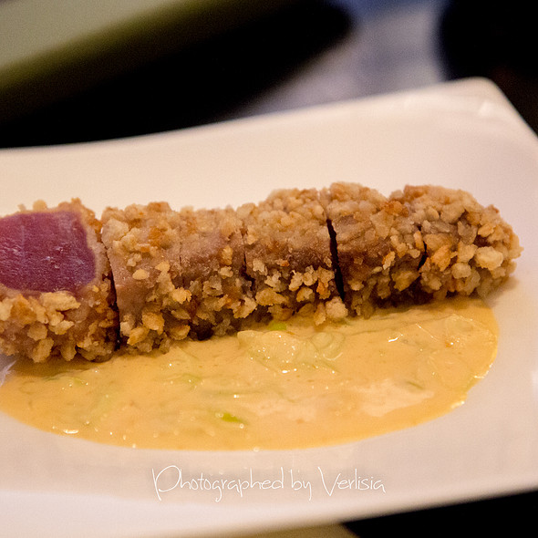 Rice Cracker Crusted Bigeye Ahi Tuna - Kauai Grill - St. Regis - Hawaii, Princeville, HI