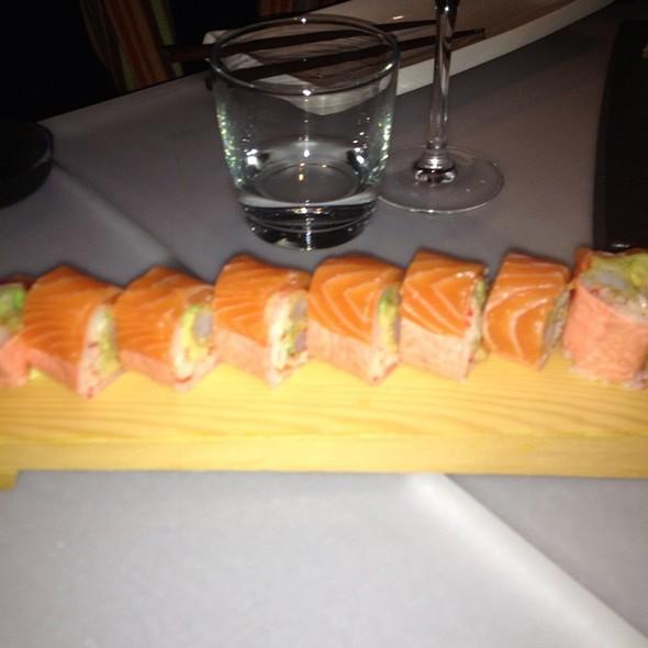 Salmon Maki - Ryu, Montreal, QC