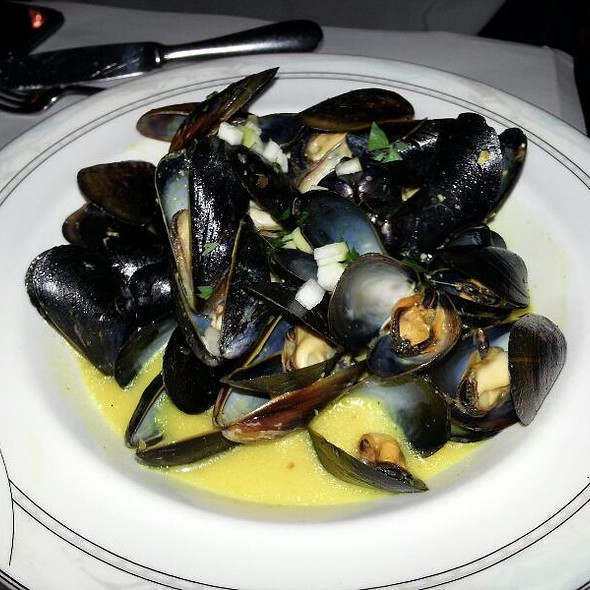 Moules - Cafe de la Presse, San Francisco, CA