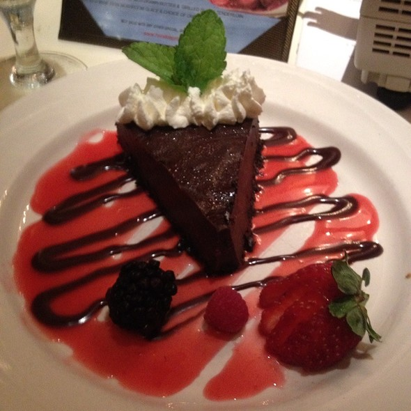 Flourless Chocolate Torte - Hondos, Glen Allen, VA
