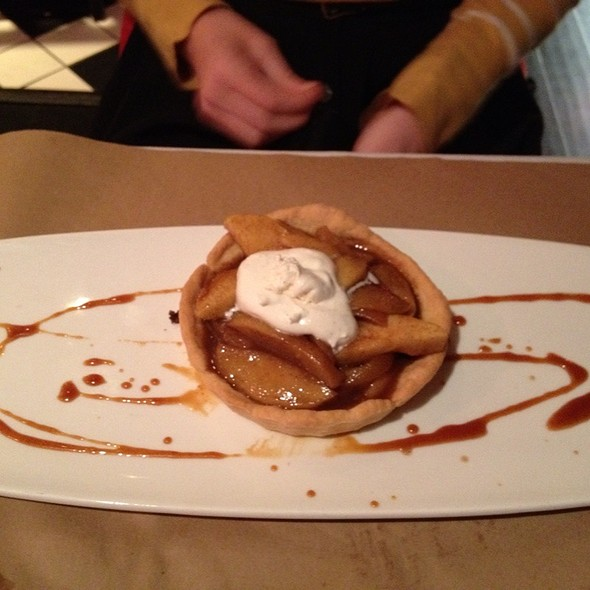 Roasted Apple And Pear Tart - Ibby's -  Washington University, St. Louis, MO