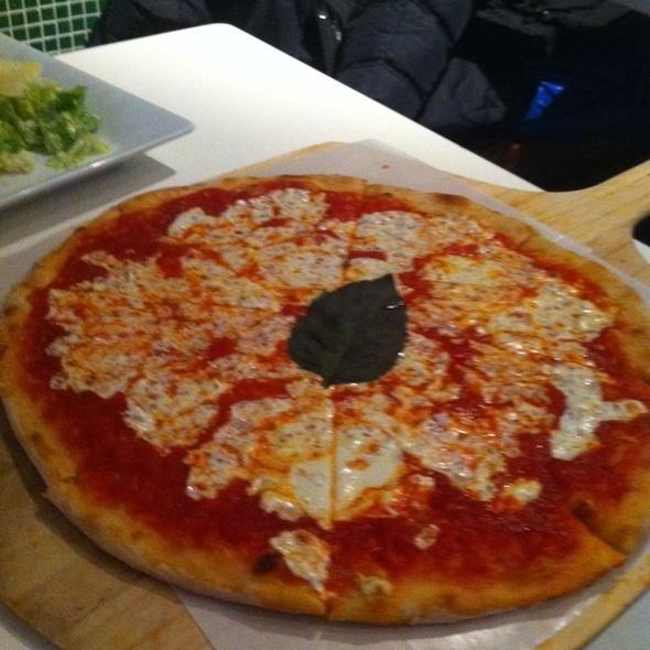 Pizza Margherita - Donna Margherita, New York, NY