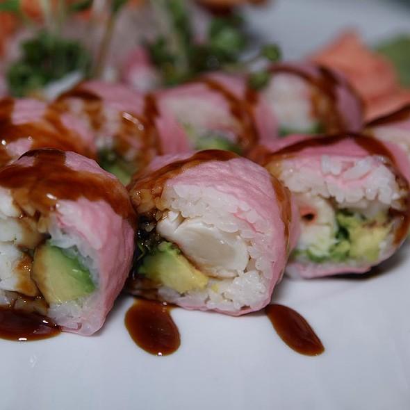 Lobster Tempura Roll - Nabuki, Hinsdale, IL