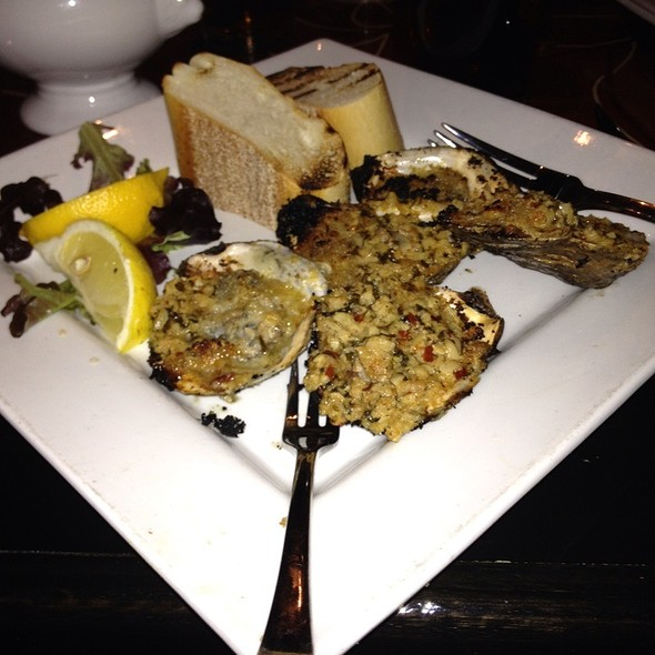 Louisana Grilled Oysters - Laurrapin Grille, Havre De Grace, MD