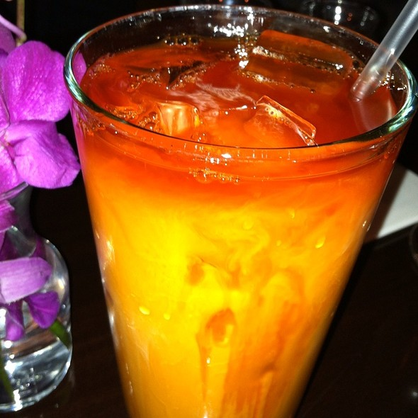 Thai Iced Tea - Circles Restaurant - 2nd Street, Philadelphia, PA
