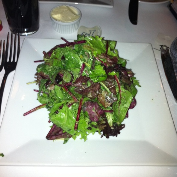 Mixed Green Salad - Le Paris, New York, NY