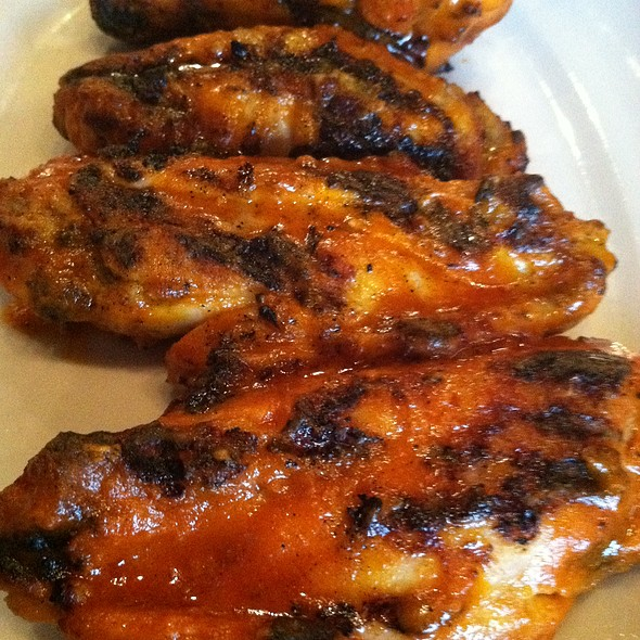 Grilled Buffalo Wings - Rudolphs Bar-B-Que, Minneapolis, MN