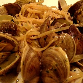 Linguine With Clams - Piatto Ristorante (Galleria), Houston, TX