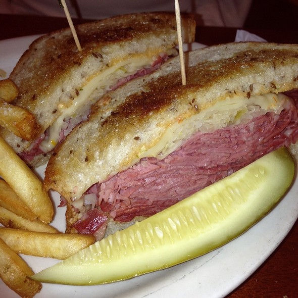 Reuben Sandwich - Clyde's at Mark Center, Alexandria, VA