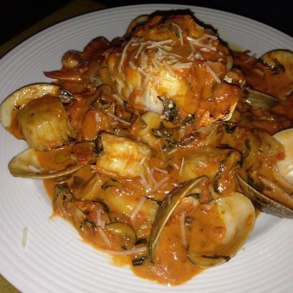 Seafood Linguini - Roma Ristorante - Allentown, Allentown, PA