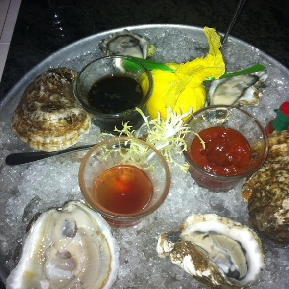 Pine Island And Kumamoto Oysters - Underhills Crossing Restaurant, Bronxville, NY