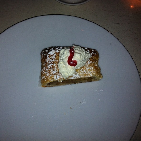 Apple Struedel - Fraunces Tavern, New York, NY