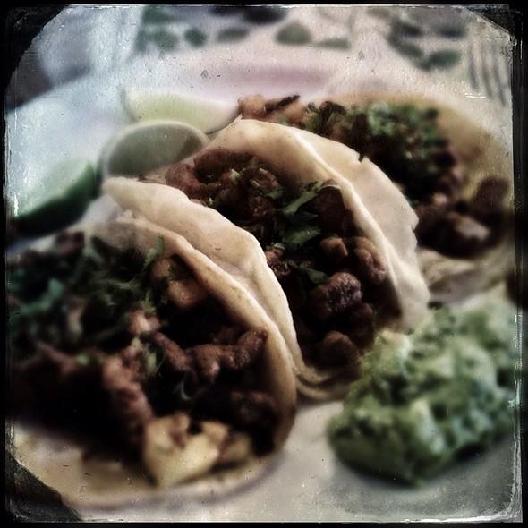 Tacos al Pastor - El Pollito Mexicano, Brooklyn, NY