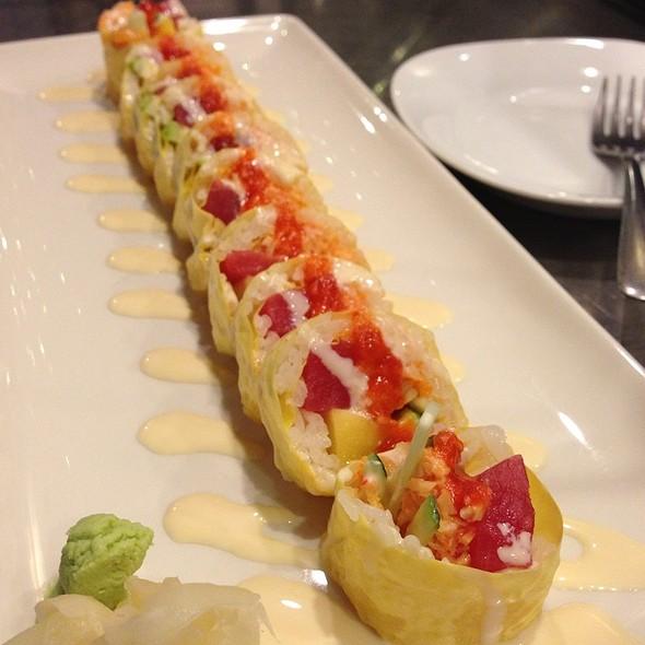 Tropical Island Roll - Chef Soon Contemporary Sushi and Bar, Woodridge, IL