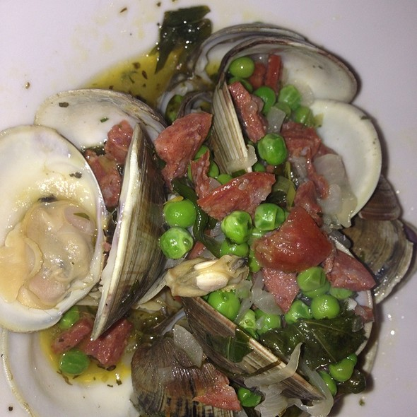 Clams With Chorizo & Peas - MOJO, Fort Lauderdale, FL