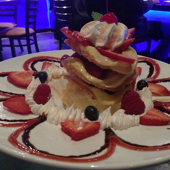 Wonton Berry Tower - The Blue Fish - Washington, Houston, TX