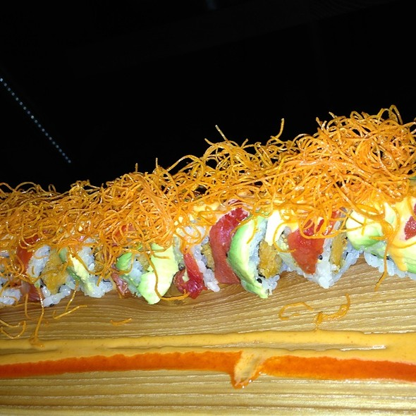 Veggie Dragon Roll - Enso Sushi & Bar, Chicago