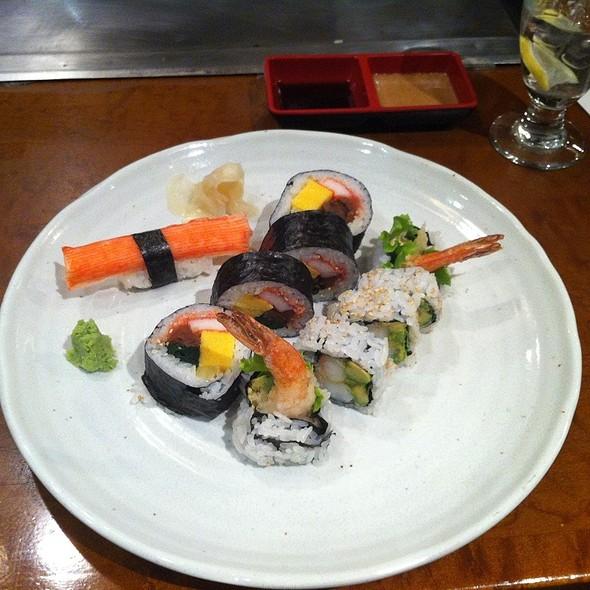 Futo Maki Rolls & Dynamite Rolls - Ginko Japanese Restaurant, Toronto, ON