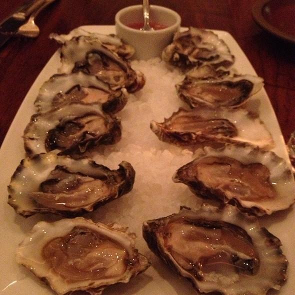 Oysters - Vin Antico, San Rafael, CA