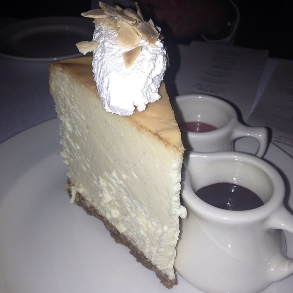 Vanilla Bean Cheesecake - 801 Chophouse Leawood, Leawood, KS