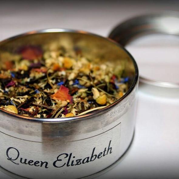 Queen Elizabeth Tea - Le Montréalais - Fairmont Le Reine Elizabeth, Montreal, QC