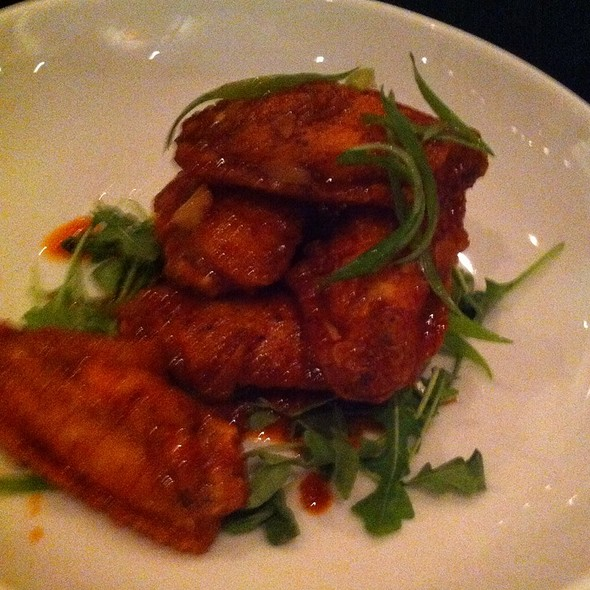Lyon Wings - Union On Yale, Claremont, CA