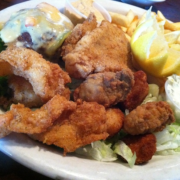 mixed seafood platter - La Calle Doce - Lakewood, Dallas, TX