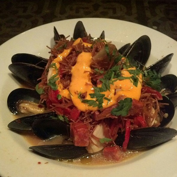 Fideos with Mussels, Chorizo and Paprika Aioli  - Bar Ferdinand, Philadelphia, PA