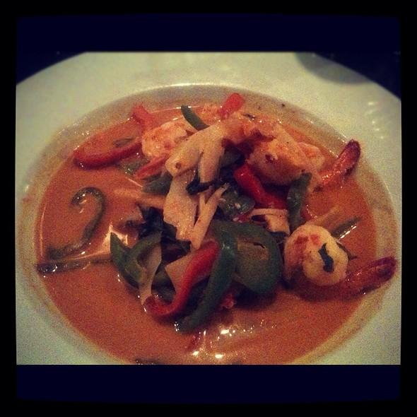 Thai Red Curry W/ Shrimp - Tasty Thai & Sushi, Charleston, SC