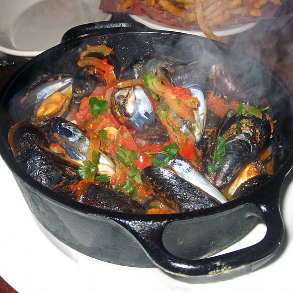 Big Pot Of Mussels - Jane, New York, NY