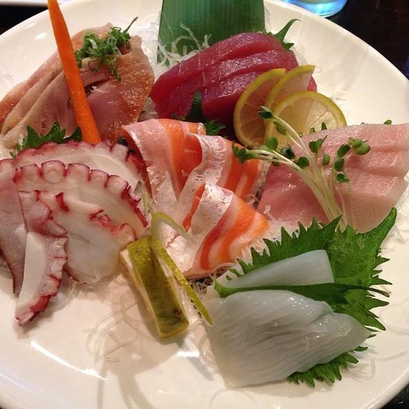 Sashimi Platter - Okura Robata Grill and Sushi Bar - La Quinta, La Quinta, CA