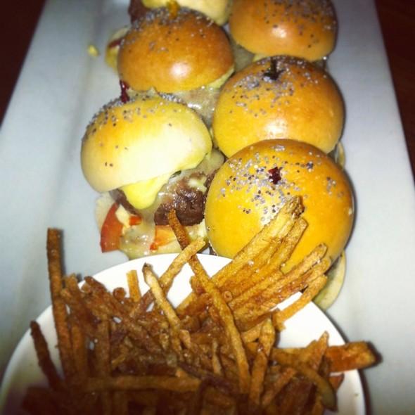 Bison Mini Burger - Pullman, Montréal, QC