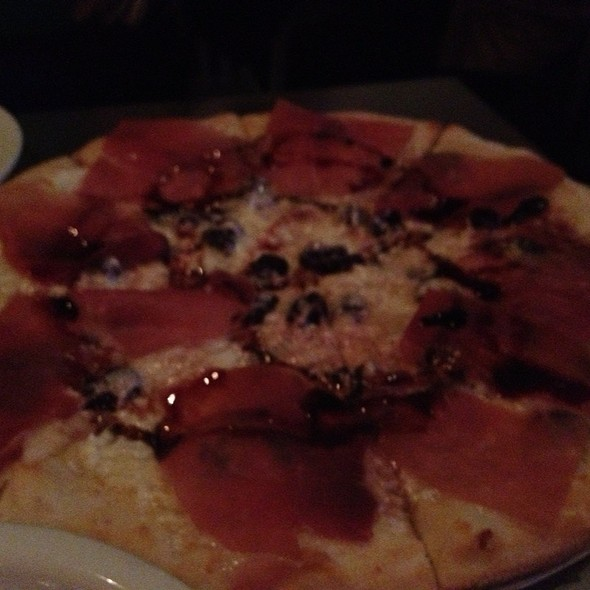 Prosciutto Pizza - Novita Wine Bar Trattoria - Garden City, Garden City, NY