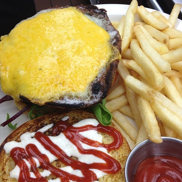 Portobello Mushroom Burger - Crown Restaurant & Lounge, Palisades Park, NJ