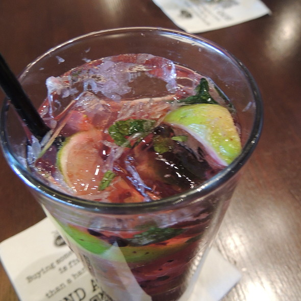 Berry Mojito - Bar Louie - Uptown, Minneapolis, MN