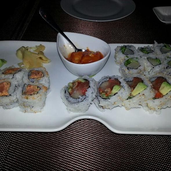 Spicy Scallop, House Special, Spicy Tuna Rolls - Tomo, Atlanta, GA